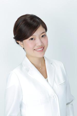歯科医師:山本清夏